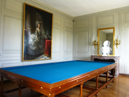 ptrianon_billiard.jpg